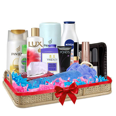 Exclusive Surprise Gift Hamper